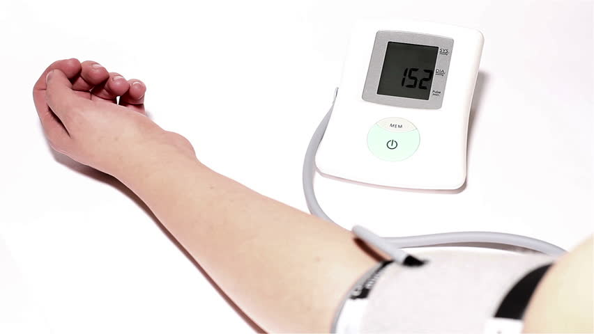 how to monitor blood pressure at home